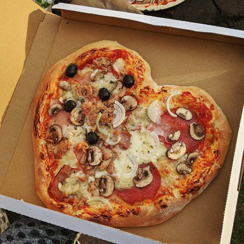 BayerBau Gartenofen Pizzaliebe