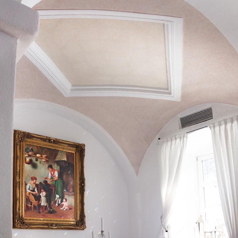Klassisches Deckengewölbe