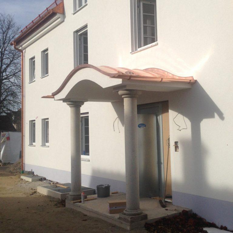 BayerBau Säulen Eingang